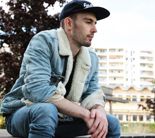 Eduard Kort – Music Producer, Digital Guru, and Community Leader.